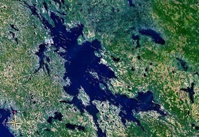 Какие озера крупнейшие в Европе - список, характеристика и фото 2