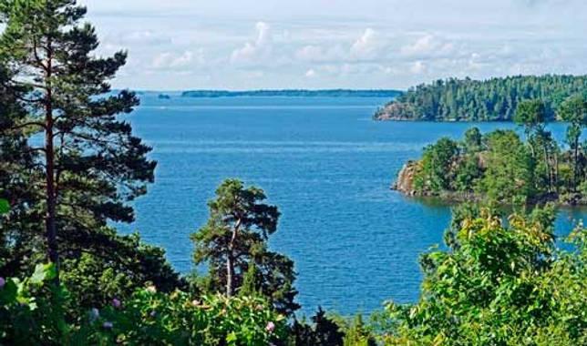 Какие озера крупнейшие в Европе - список, характеристика и фото 3